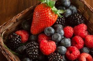 image basket-of-berries